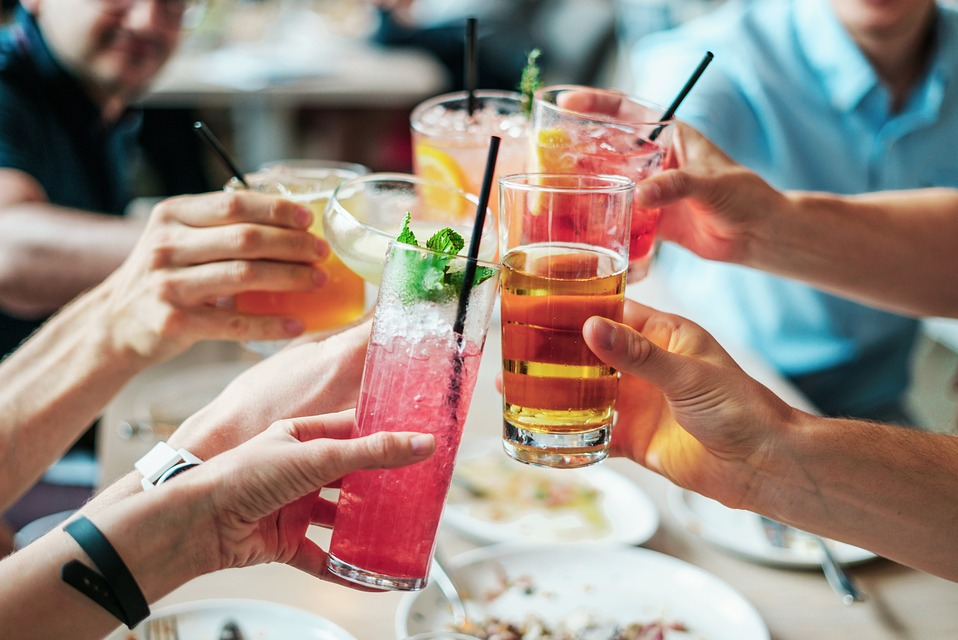 Sposoby leczenia alkoholizmu - Pozytywne skutki nauki picia kontrolowanego, picie kontrolowane